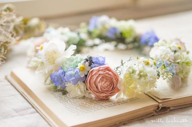 ピンク×ブルーナチュラル野花花冠